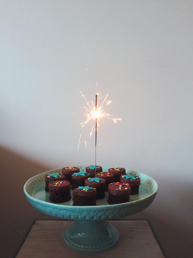 Chocolate cakies sparkler